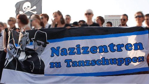 Nazizentren-Tanzschuppen-2009